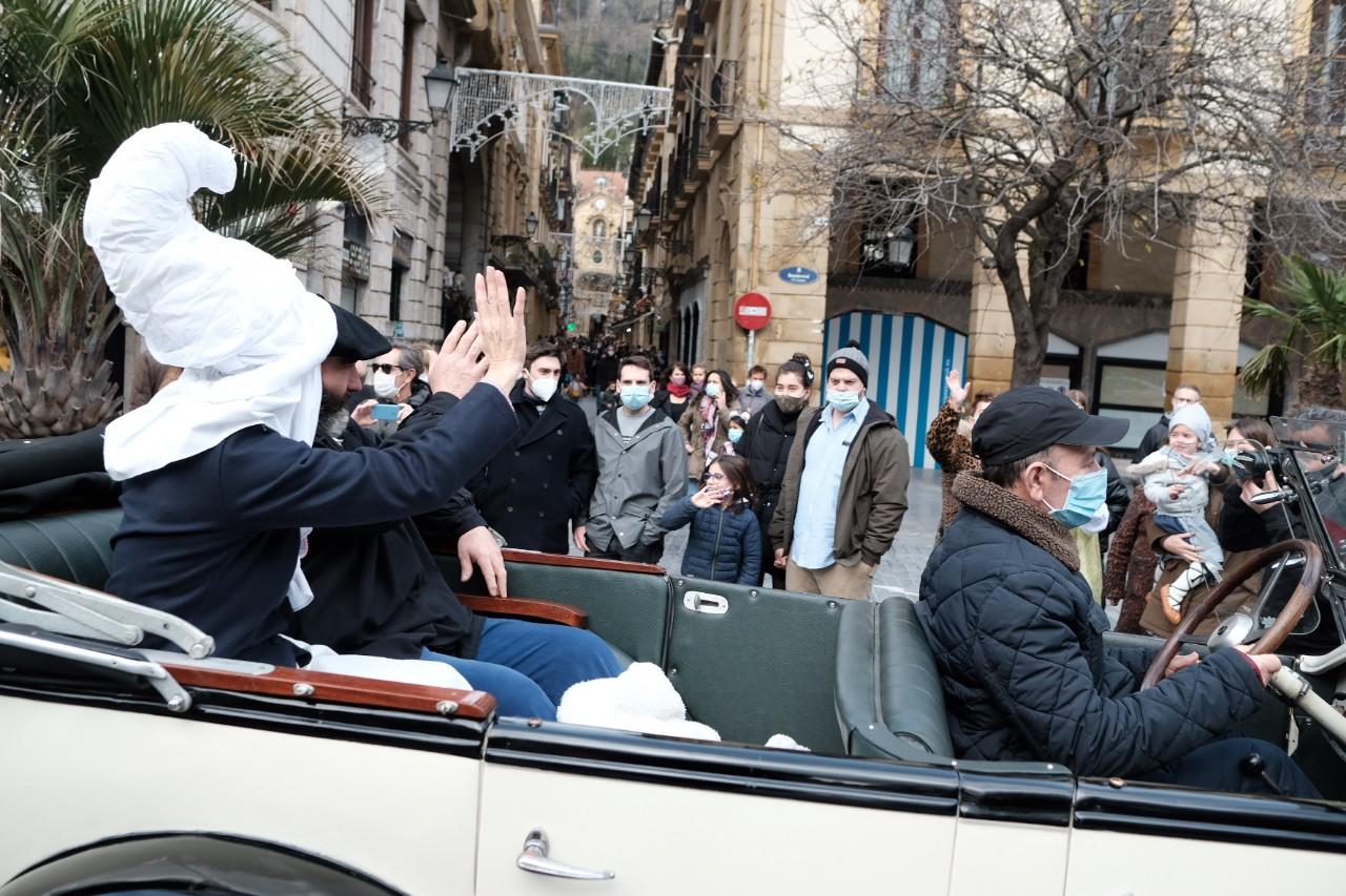 """2020 1224 13194400 copy 1280x853 - """"Llegamos a Donostia con muchos regalos"""", dice Olentzero"""