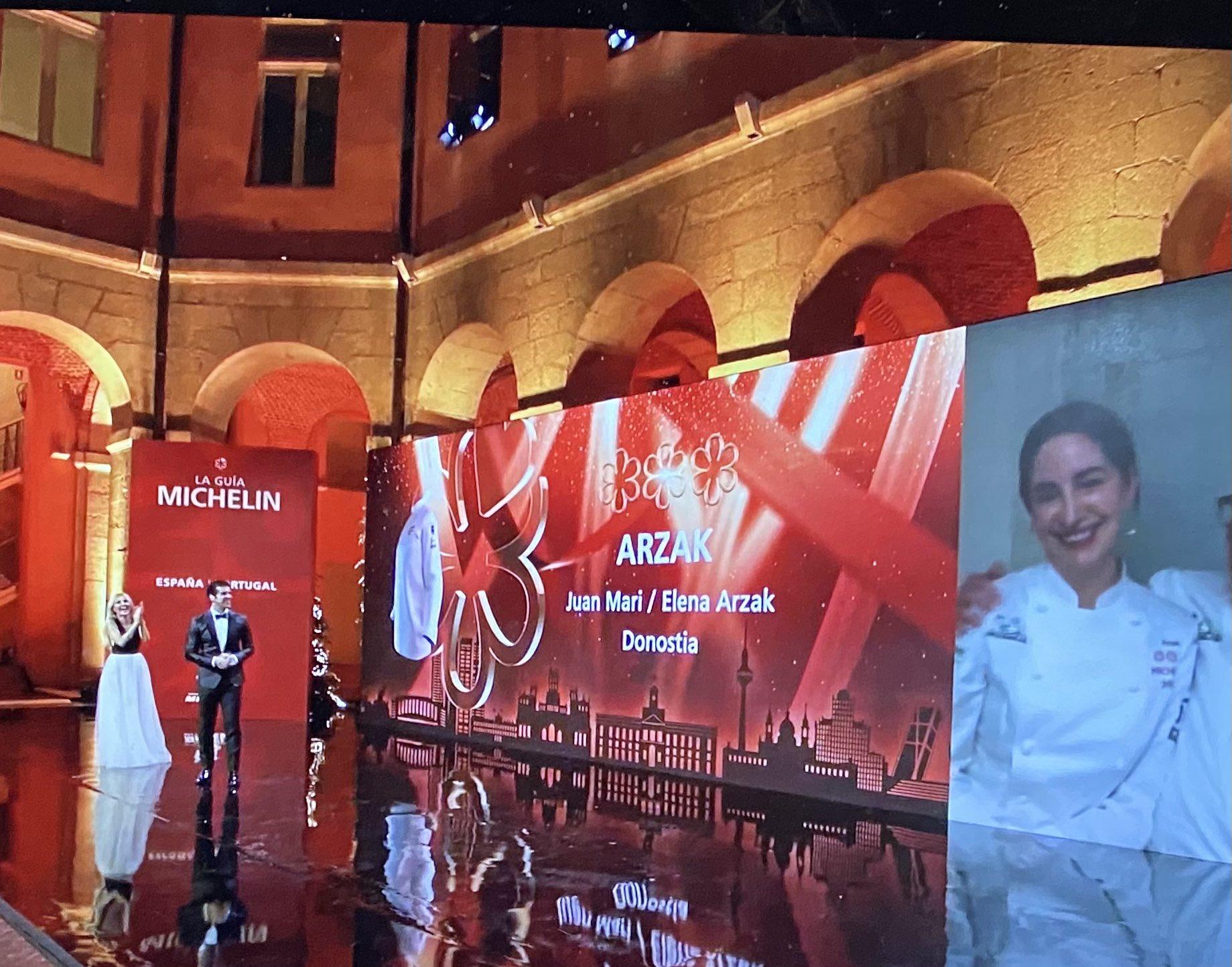 Gala de las Estrellas Michelin esta noche en Madrid. Foto vía twitter (Arzak)