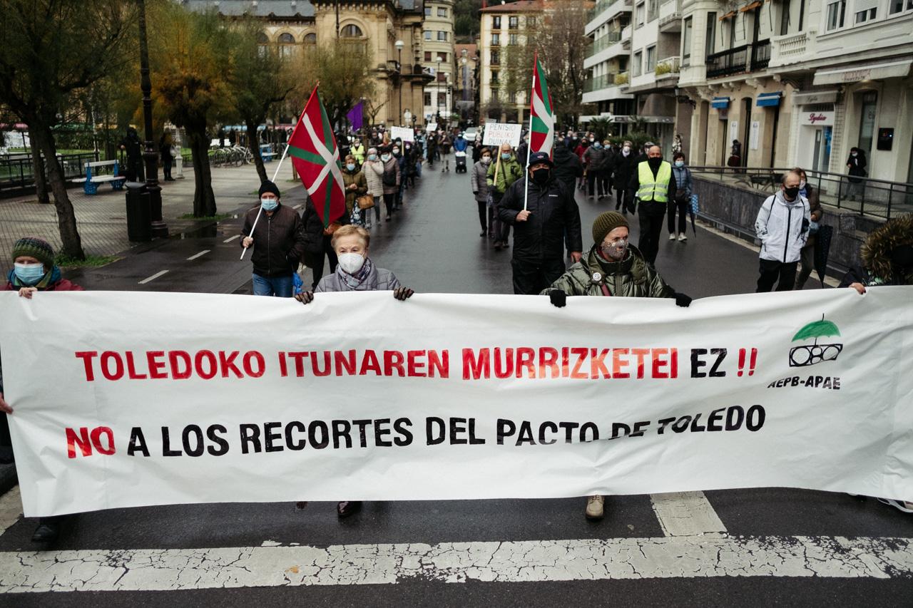 DSCF2559 - Los pensionistas vuelven a la calle en Donostia contra el pacto de Toledo