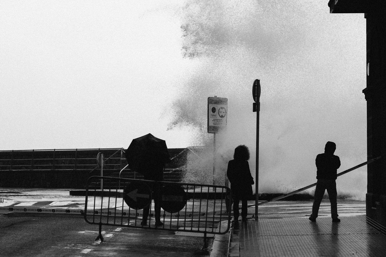 DSCF6439 - Donostia se divierte con las olas de Bella