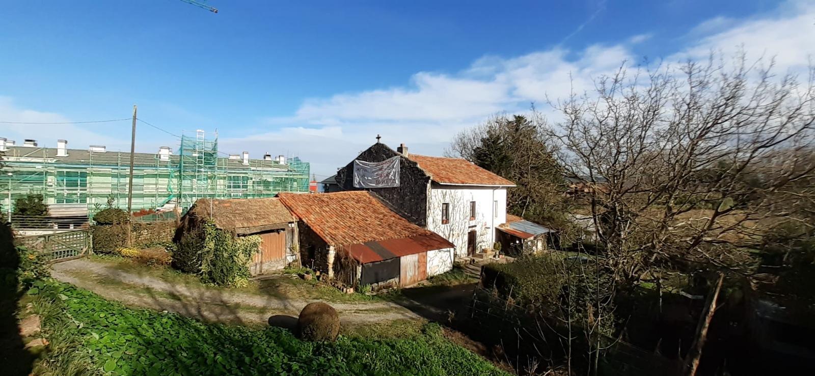El caserío Txanpuene. Foto: Jon Lankuntza