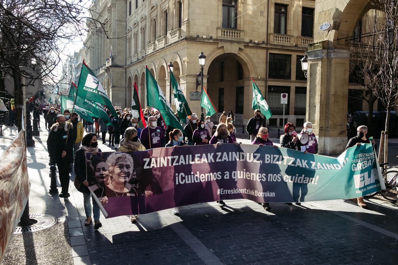 DSCF2180 - El sector de los cuidados pide mejores condiciones laborales en Euskadi