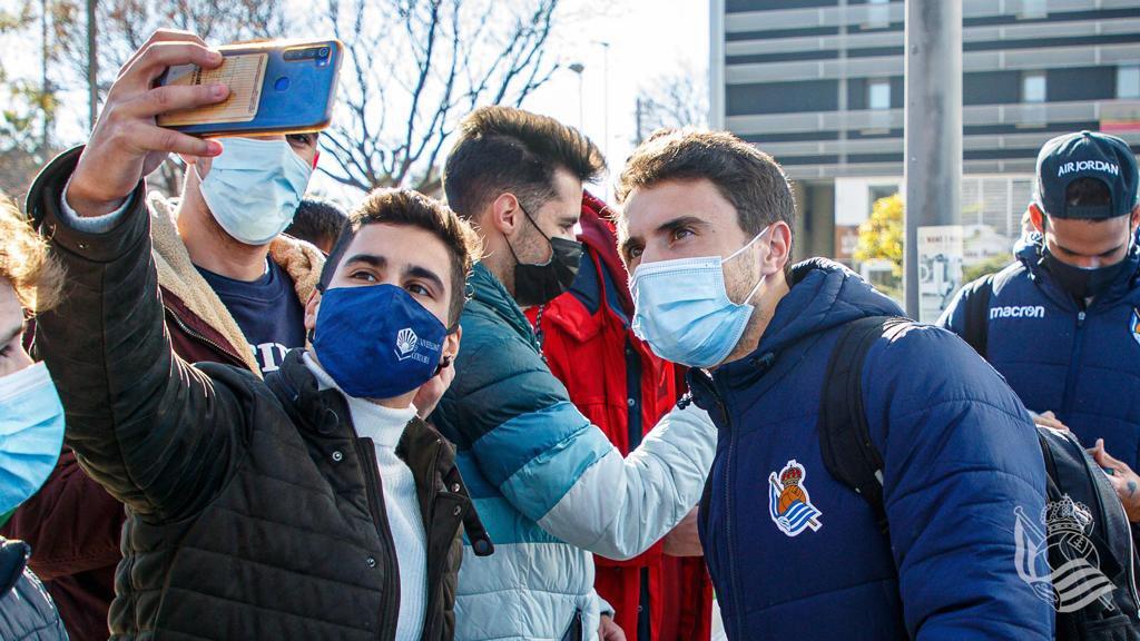 La Real Sociedad a su llegada a Córdoba. Foto: Real Sociedad (vía twitter)