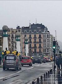 """caravana interinos Empleo público: Una caravana exige en Donostia acabar con el """"abuso"""" de la temporalidad"""