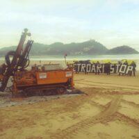 metroari stop Protesta en la playa de la Concha contra las obras del Metro
