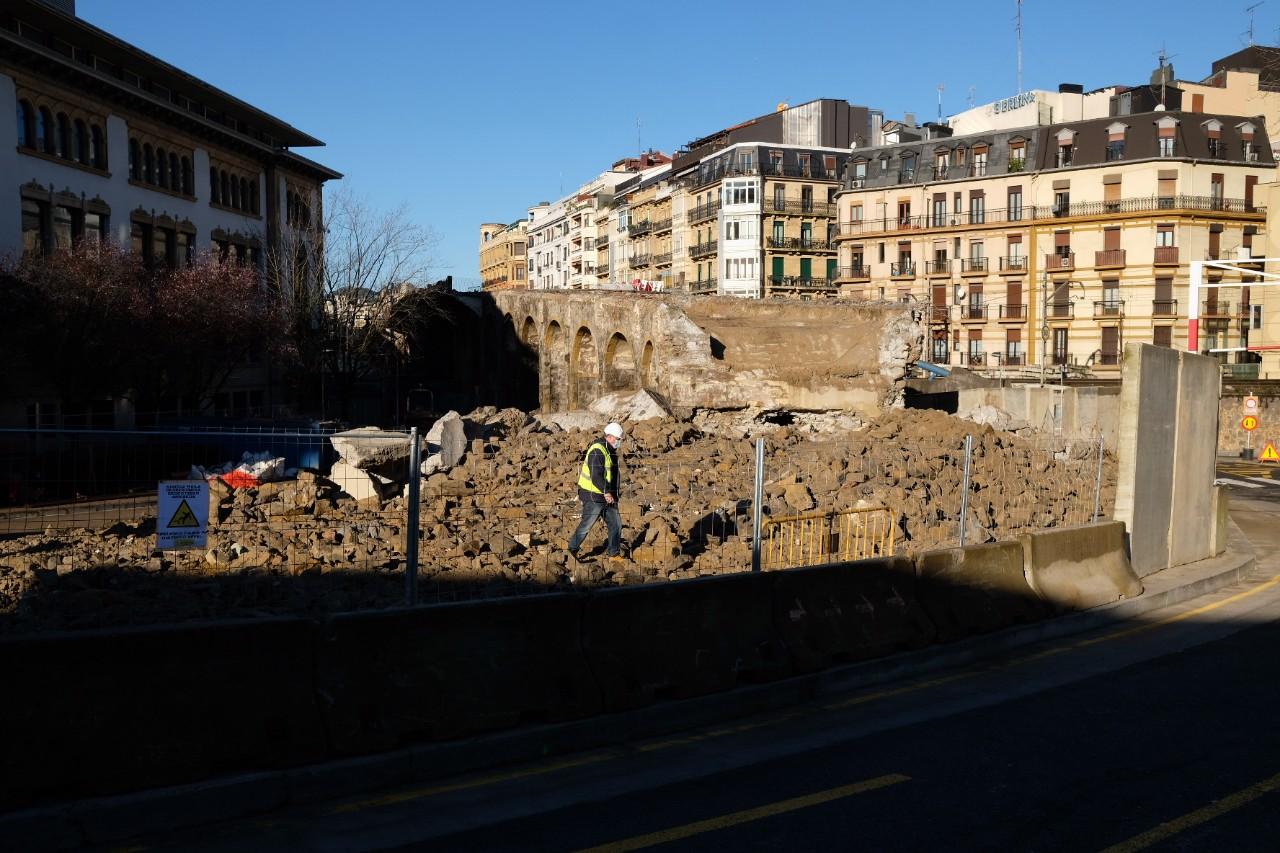 Demolición del viaducto de Iztueta. Fotos: Santiago Farizano