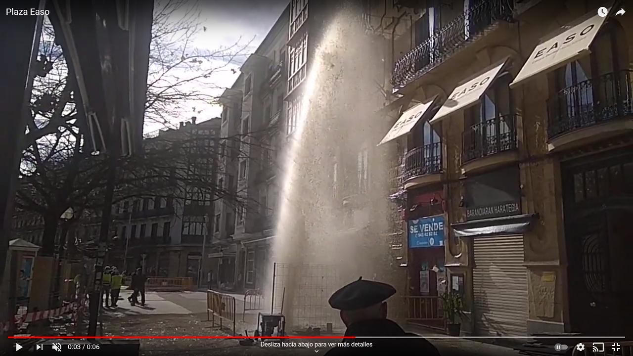 Imagen del vídeo que circula en las redes tomado en la plaza Easo. (Vídeo en el interior)