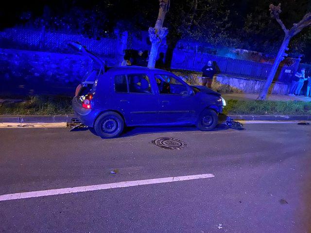 accidente1 - Dos heridos tras un fuerte choque entre dos turismos en Donostia