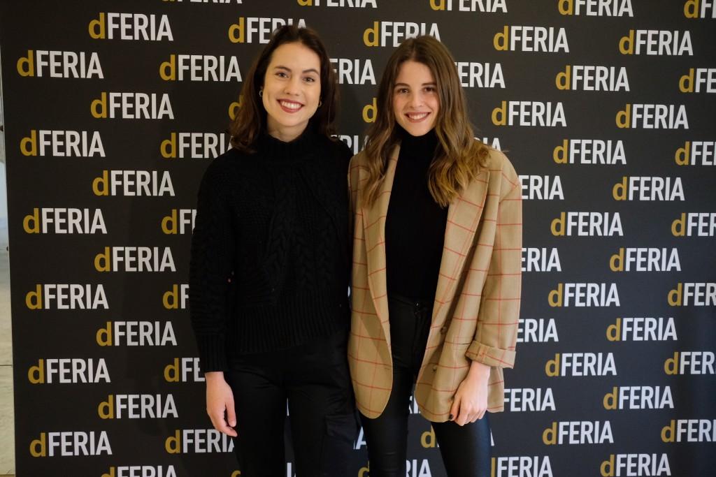 Miren Arrieta y Nerea Mazo, actrices de Un viaje a América'. Fotos: Santiago Farizano