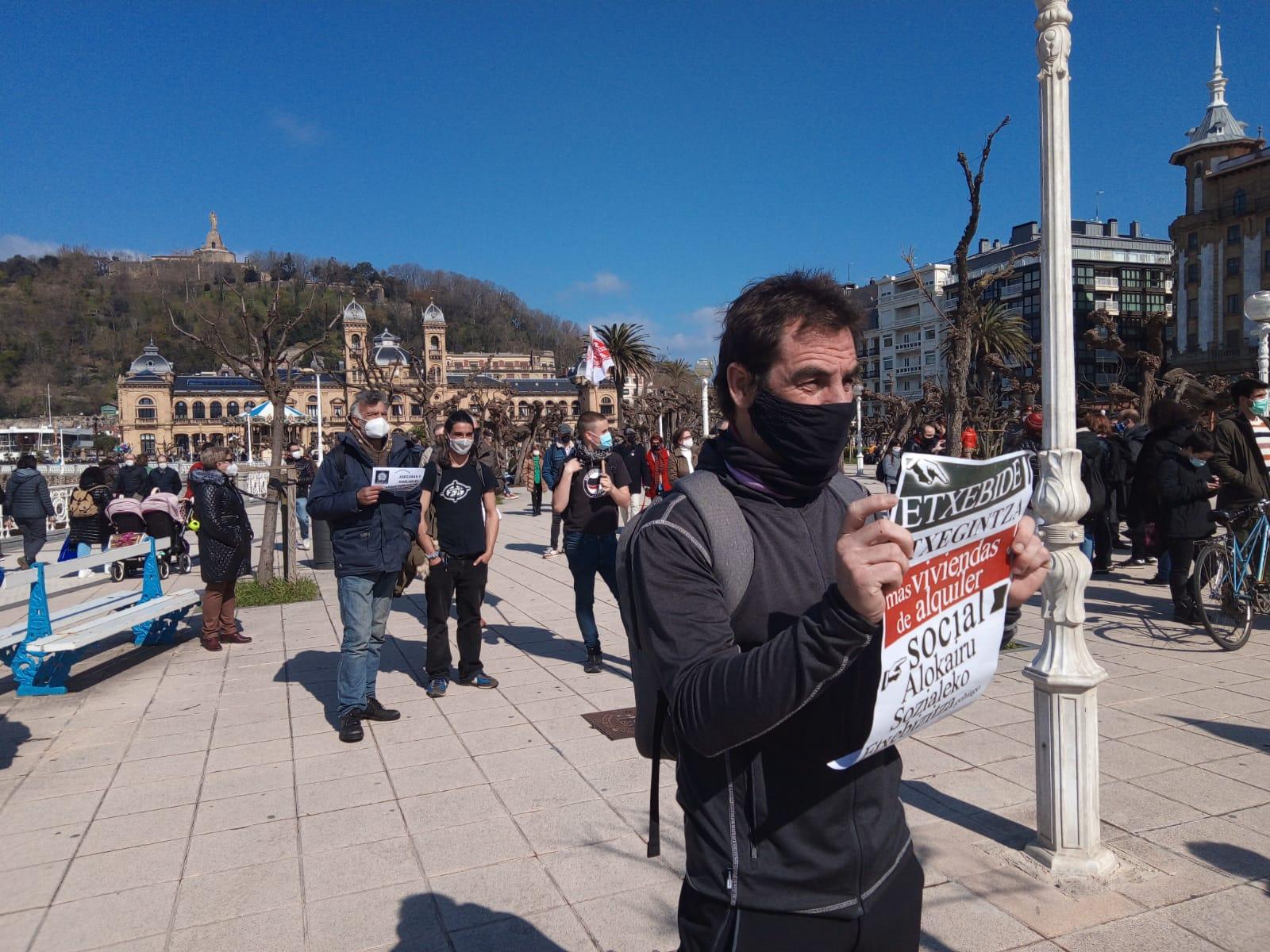 IMG 20210320 WA0011 - Donostia también se manifiesta por el derecho a la vivienda