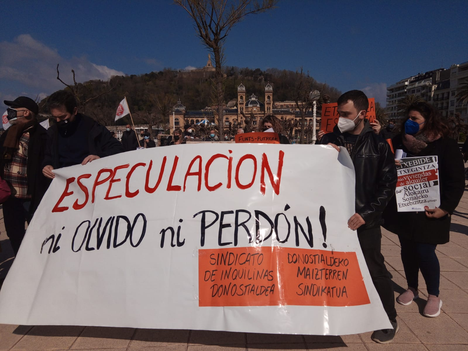 IMG 20210320 WA0013 - Donostia también se manifiesta por el derecho a la vivienda