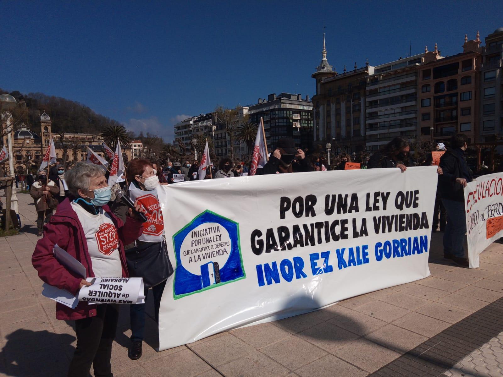 IMG 20210320 WA0014 - Donostia también se manifiesta por el derecho a la vivienda