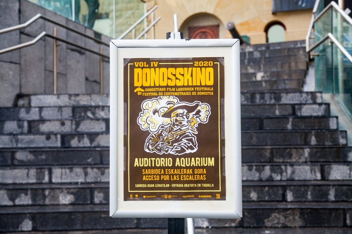 Aurreko urteko kartela Donostiako Aquariumean. Argazkia. Donosskino Festibala
