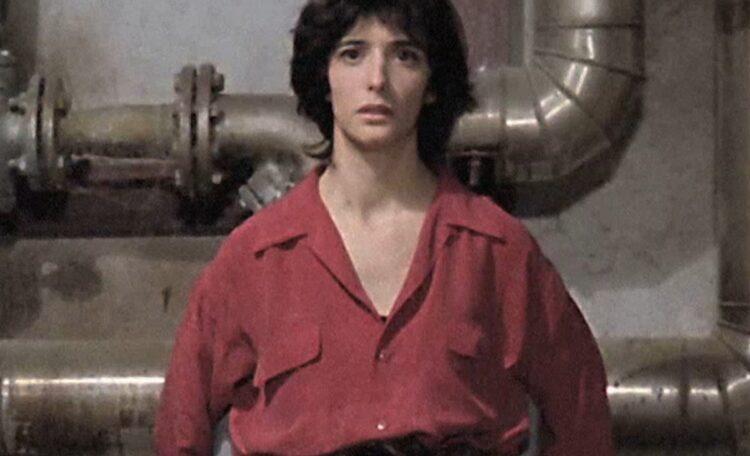 Ana Torrent en una de las escenas más conocidas de 'Tesis', de Alejandro Amenábar.