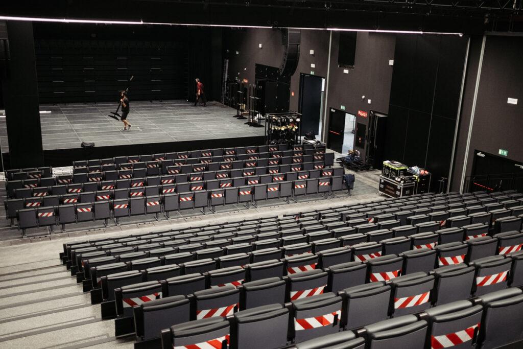 Lekuona errenteria auditorio 1024x683 - Lekuona Fabrika: de panificadora a faro cultural de Errenteria