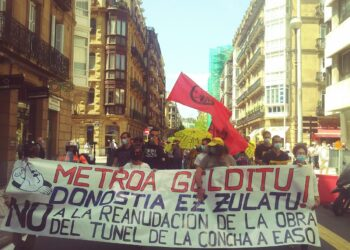 Imagen de la marcha en Donostia. Foto: Satorralaia