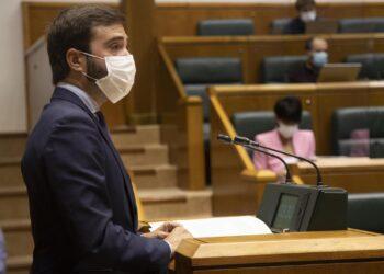 El consejero de Turismo, Comercio y Consumo, Javier Hurtado. Foto: Gobierno vasco Irekia