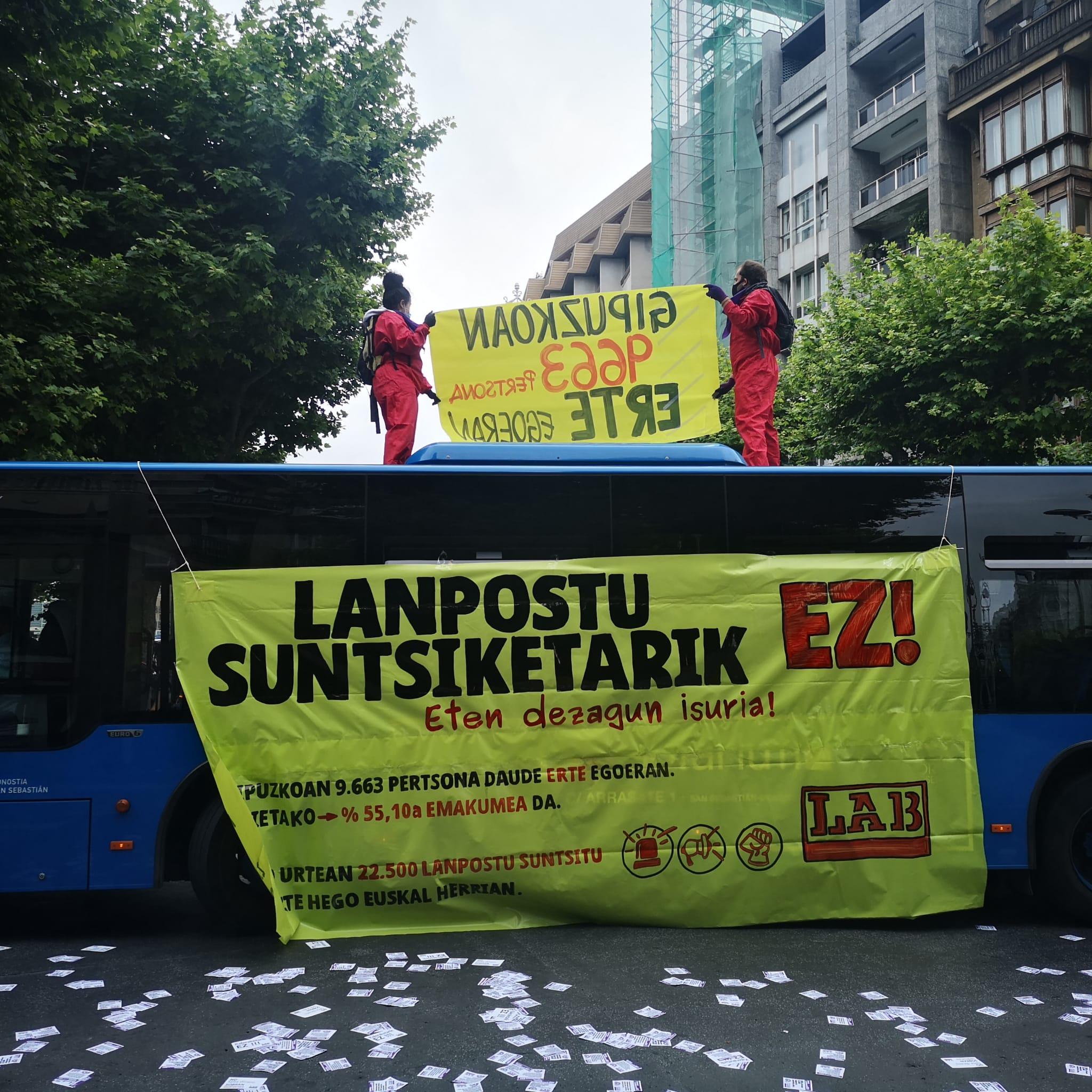 """LAB Avenida2 - LAB se concentra en Donostia """"en defensa"""" del empleo femenino de calidad"""