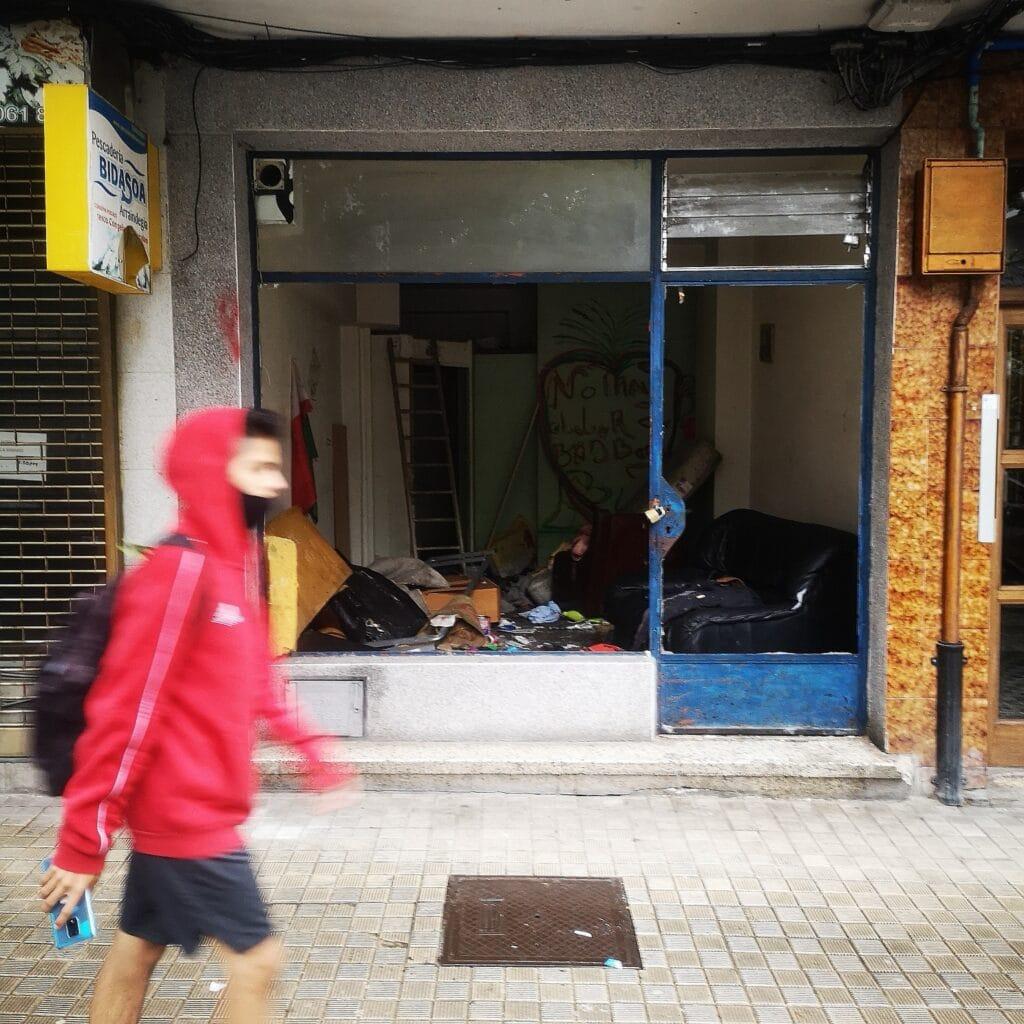 Pinar Irun local ocupado 1024x1024 - Rebelión en la calle Pinar de Irun