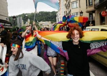 Manifestación del Orgullo LGTBI en Donostia esta tarde. Fotos: Santiago Farizano
