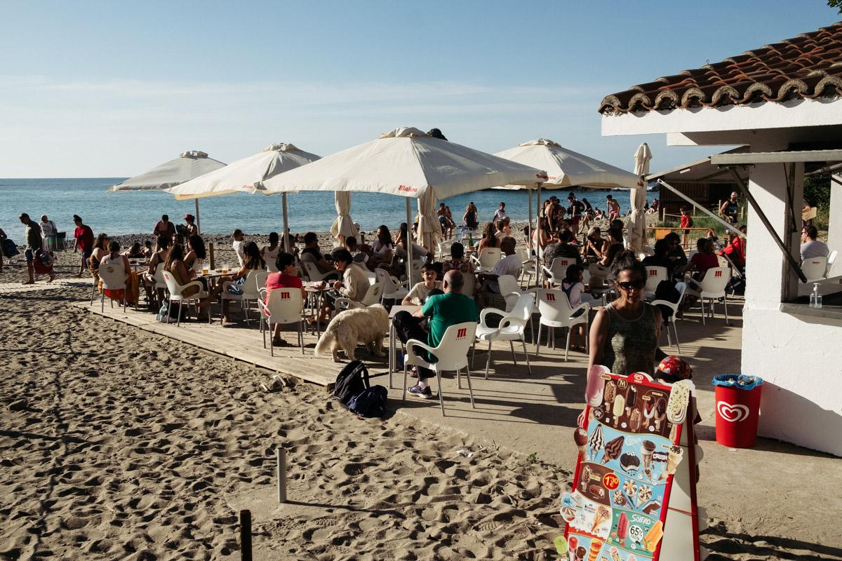 donostitik saturraran playa 06 - Playa de Saturraran, vistosos peñascos