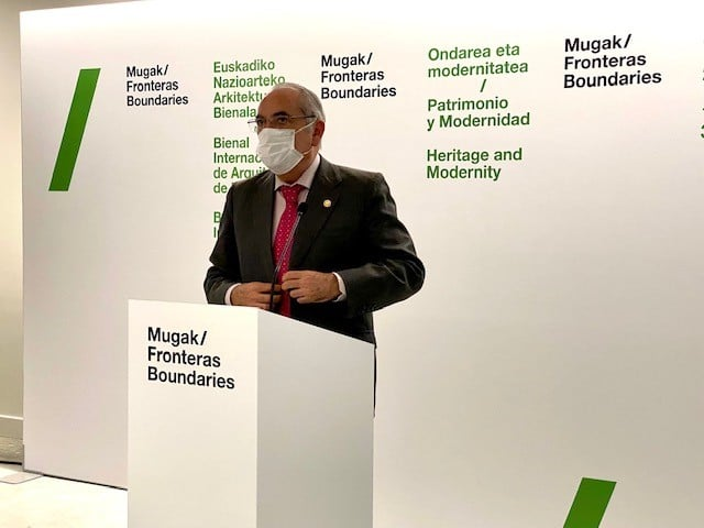 Iñaki Arriola presentando la tercera edición de MUGAK. Foto: Gobierno vasco
