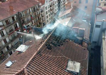 Incendio en Errenteria. Foto: Bomberos de Euskadi