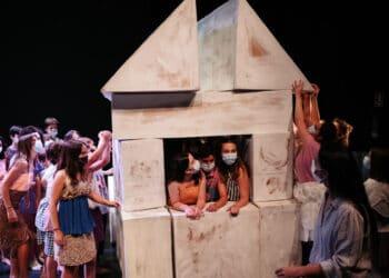 Ensayo de Hirira en Urnieta. La cita: el 10 de agosto en el teatro Victoria Eugenia. Fotos: Santiago Farizano