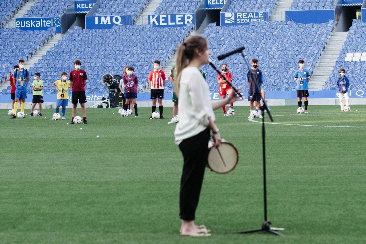 donostitik donosti cup presentacion 07 - Comienza la Donosti Cup con el saludo de Xabi Alonso a los participantes