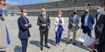 Visita oficial a Mutriku, a la nueva estación de Euskalmet. Foto: Gobierno vasco